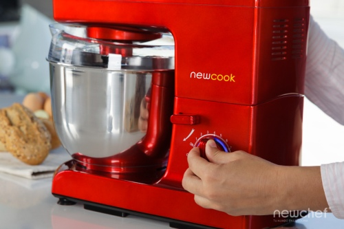 robot-amasador-newcook-newchef-newlux
